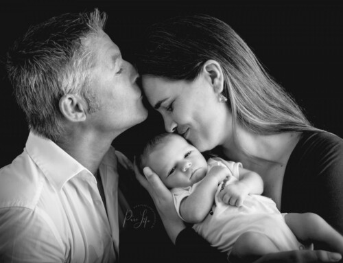 Newborn Happiness – Baby Mini Shoots
