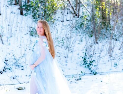 Een studio zwangerschapsfotoshoot die een sneeuwshoot werd, met Stéphanie!
